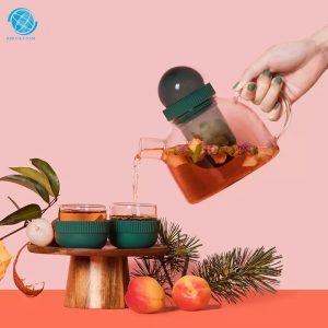 Bình pha trà tay cầm vòng tiện dụng thân thiện