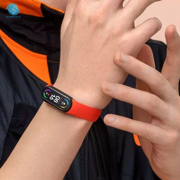 Vòng đeo tay thông minh Xiaomi Miband 6